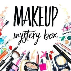 HIGH END MAKE UP MYSTERY BOX